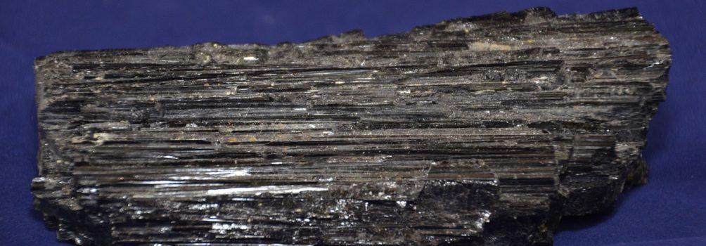 Czarny turmalin – magiczny kamień
